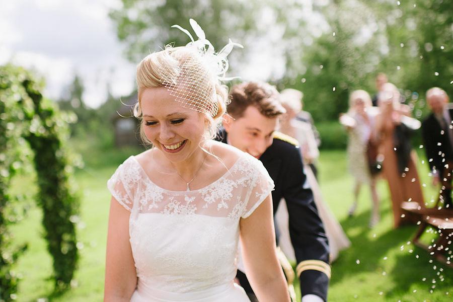 bröllopsfotograf Backa Loge Vigseln ris