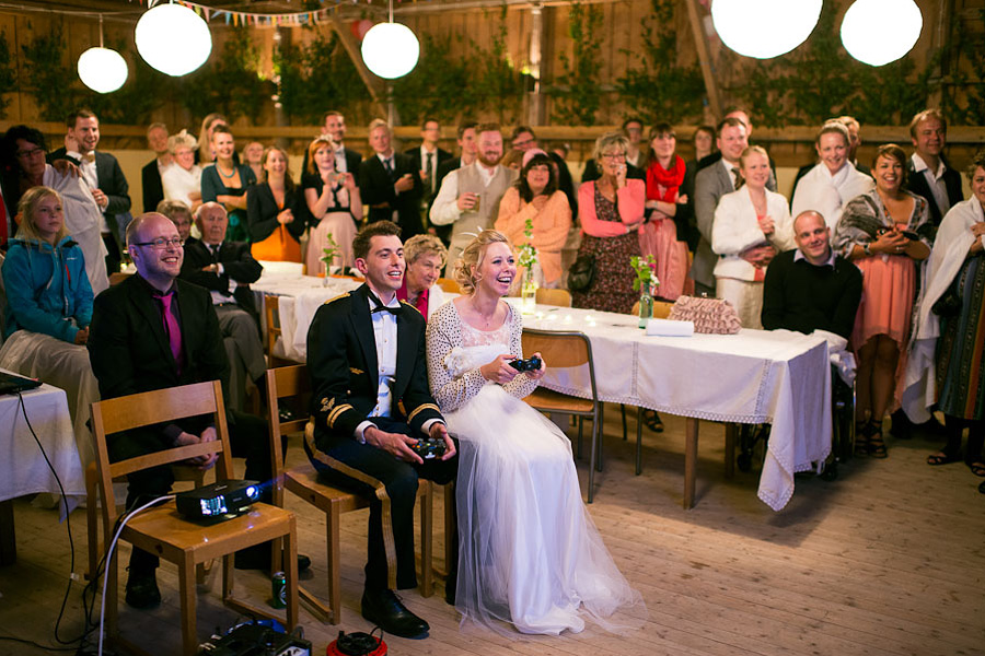 bröllopsfoto Backa Loge tevespel