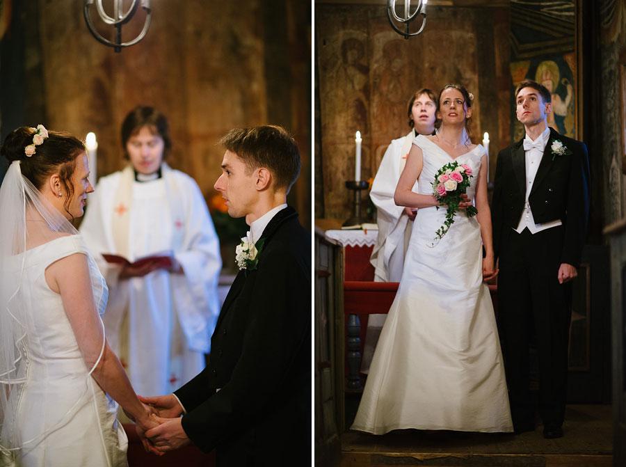 Bröllop Hedareds Stavkyrka - Vigsel - bröllopsfoto