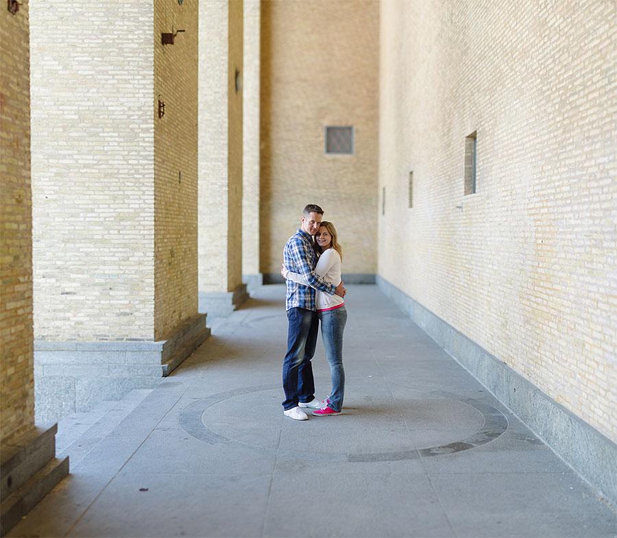 Marianne & Mikael Pre-Wedding Shoot Gothenburg - Provfotografering inför bröllopet på Götaplatsen