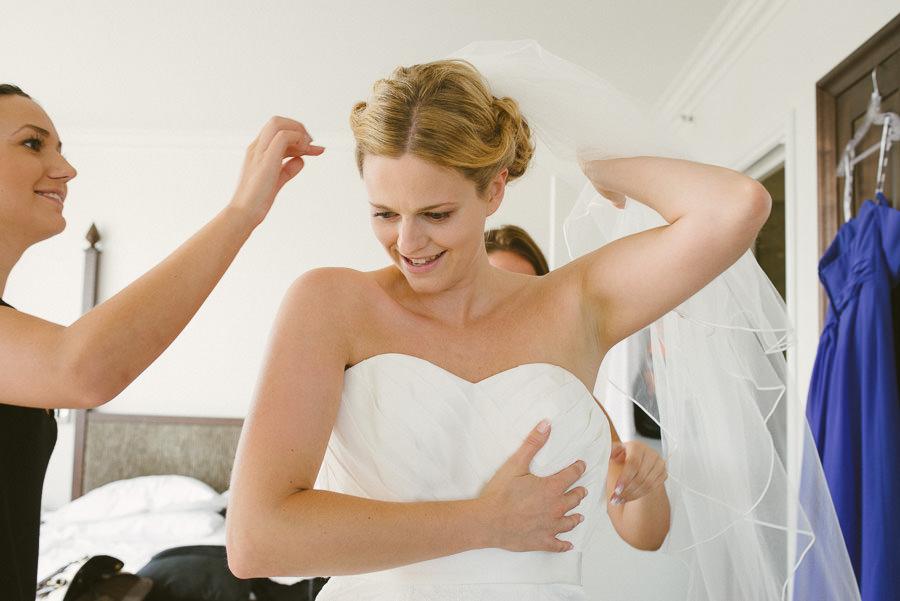 Bröllopsfotograf Elite Park Avenue - Brudens förberedelser på hotellet