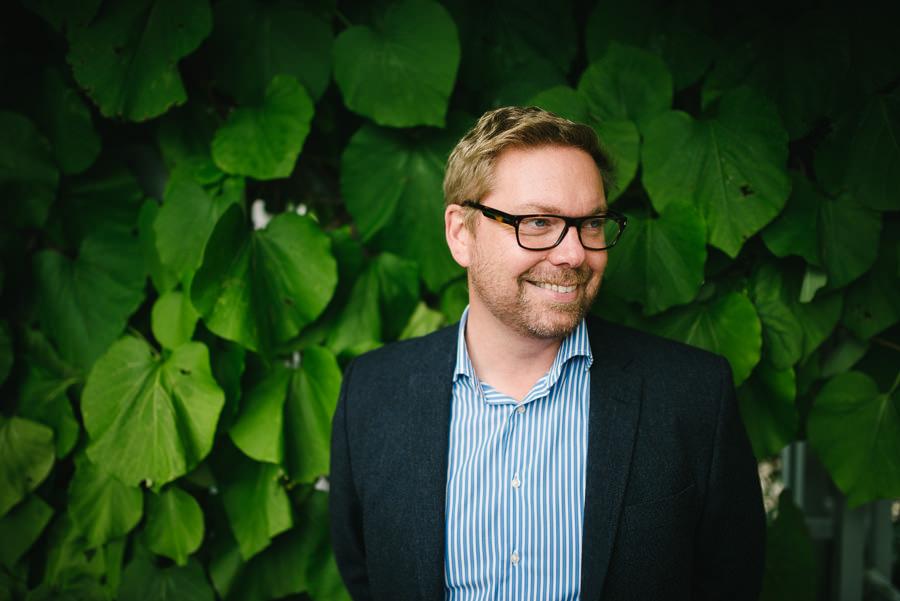 Fotograf Göteborg - Porträtt naturligt ljus växter
