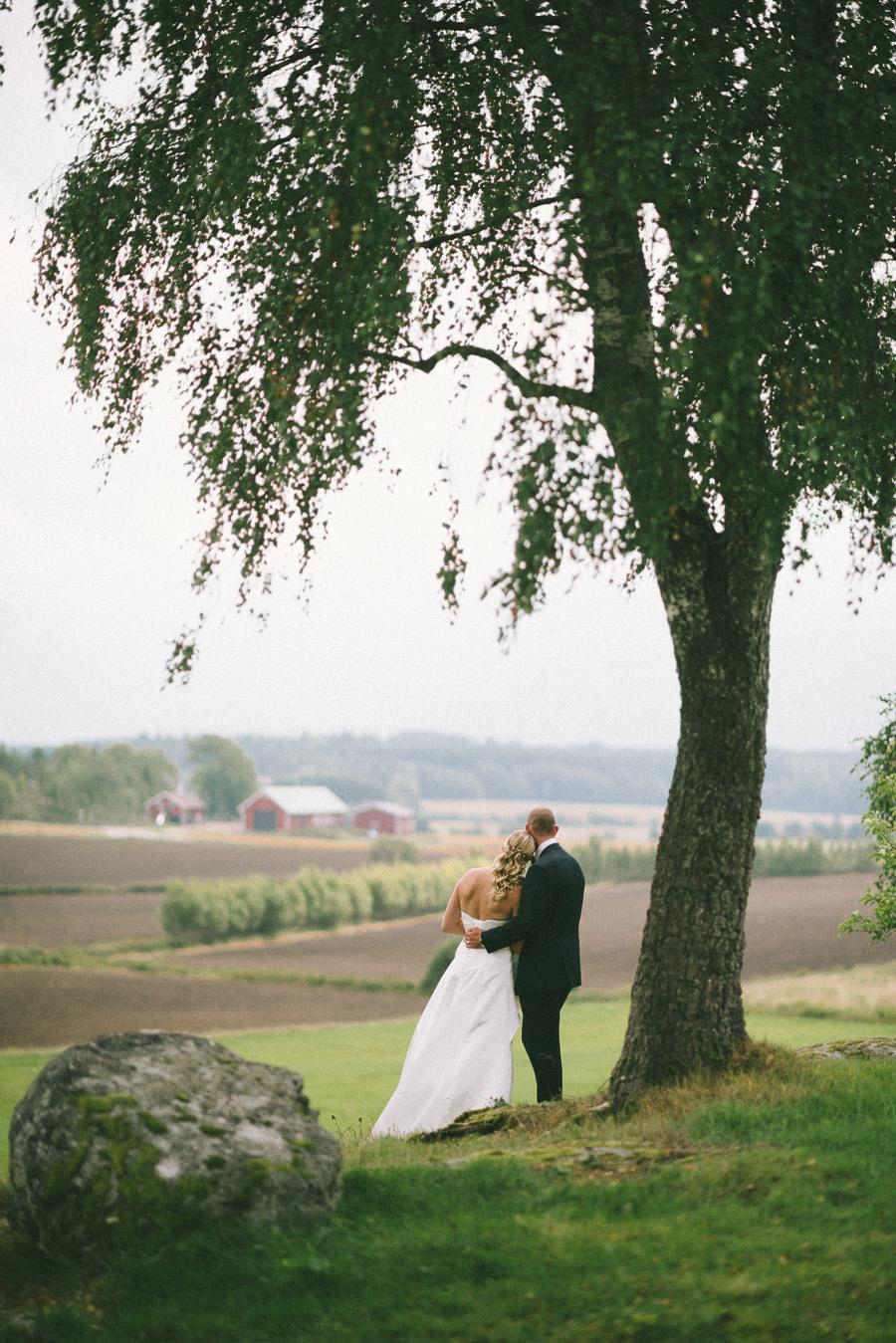 Bröllop Gråbo. Brudparet och utsikt.