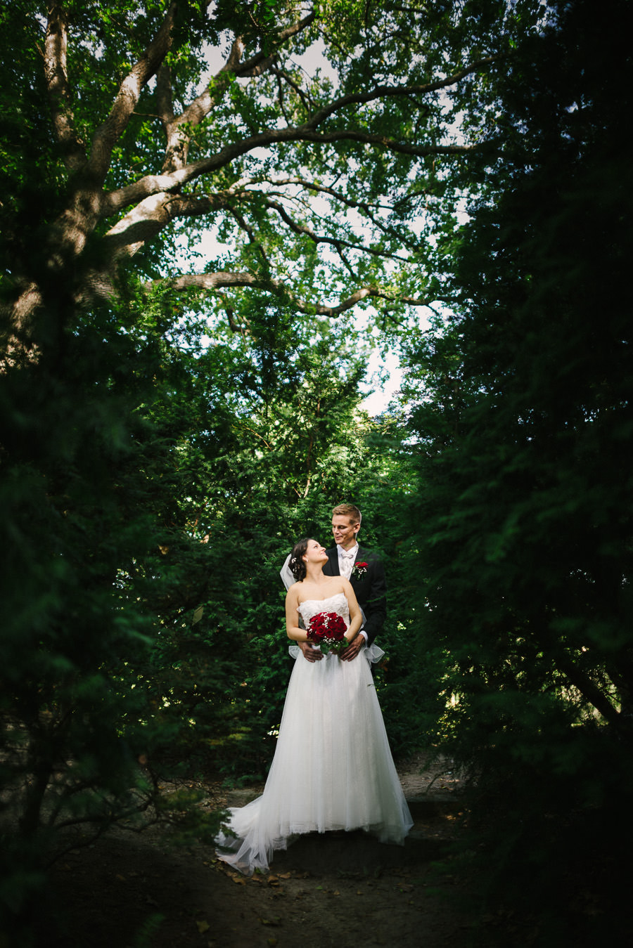 Fotograf  Göteborg. Bröllopsfoto i Botaniska - porträtt på brudpar