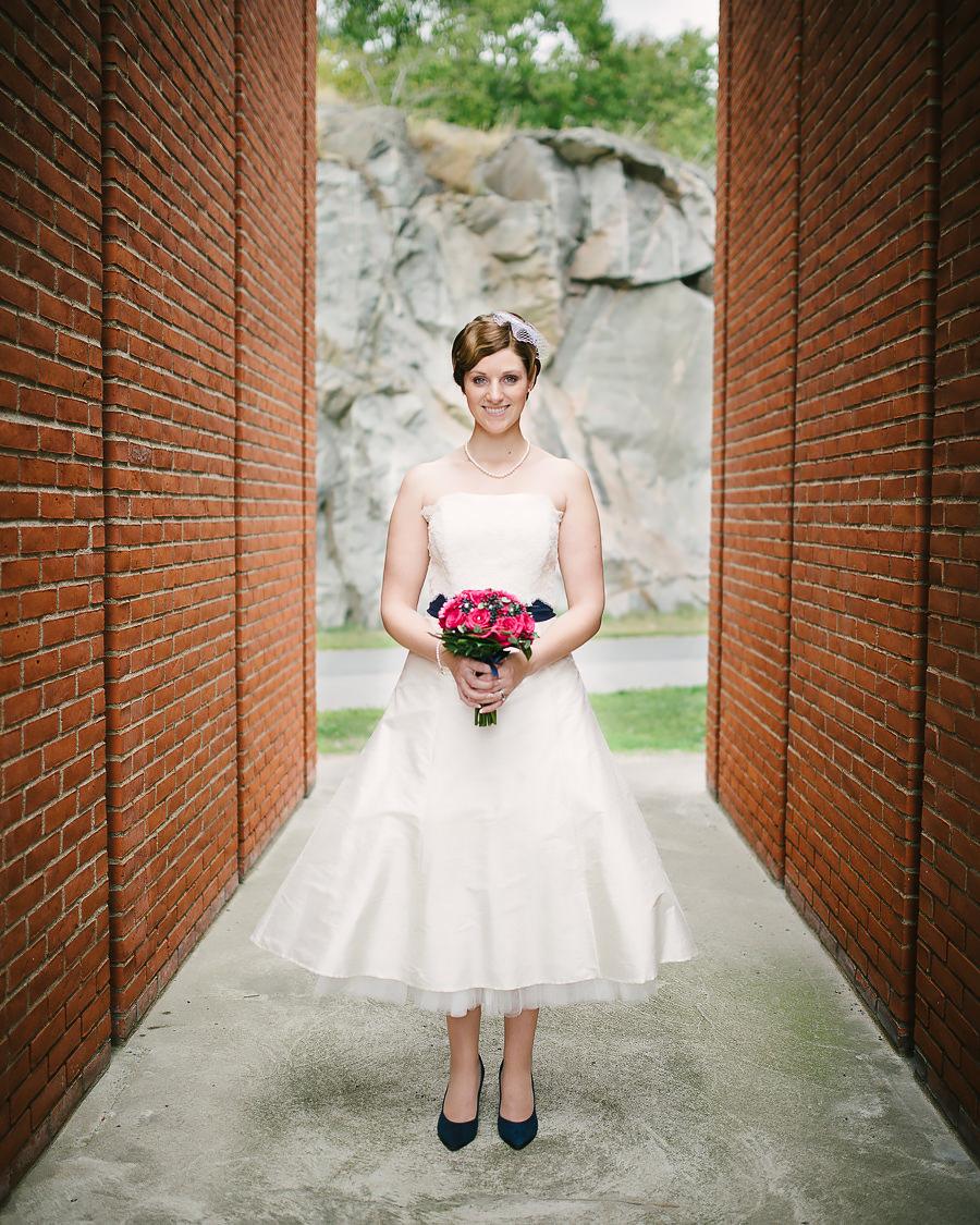 Bröllop Eriksberg Göteborg - porträtt på bruden med brudbukett