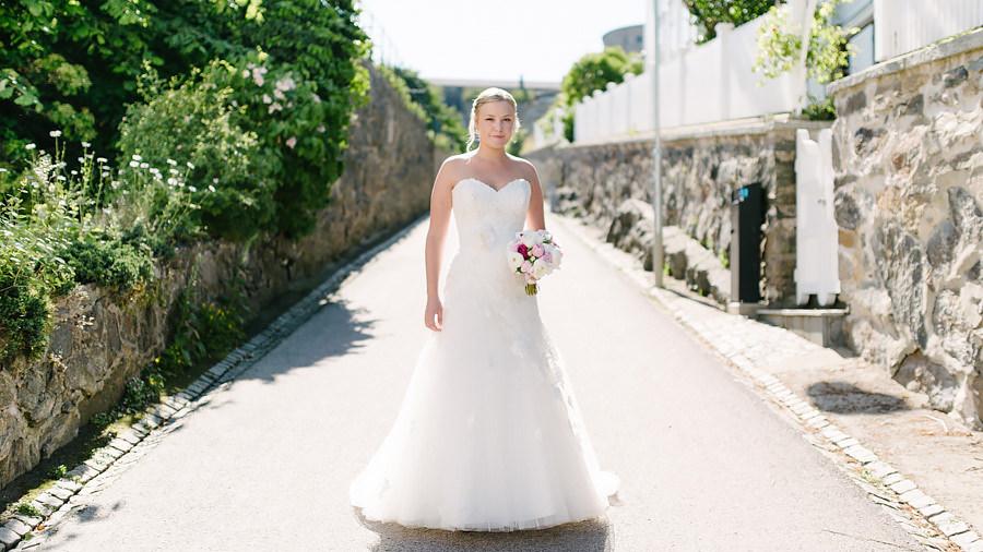 Bröllop på Marstrand Västkusten Sneak Peek 001 - Brud i motljus