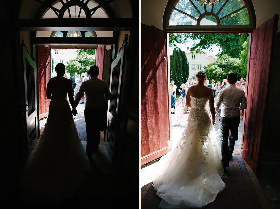 Öbröllop på västkusten - Gratulationer, brudparet möter gästerna på kyrktrappan efter vigslen