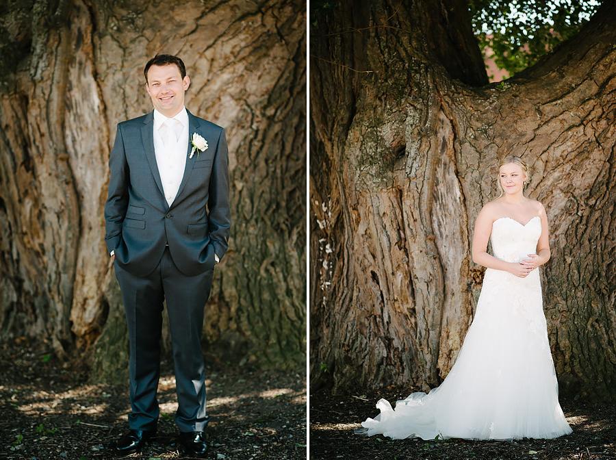 Bröllopsfotograf Marstrand - porträtt på brudparet vid silverpoppeln