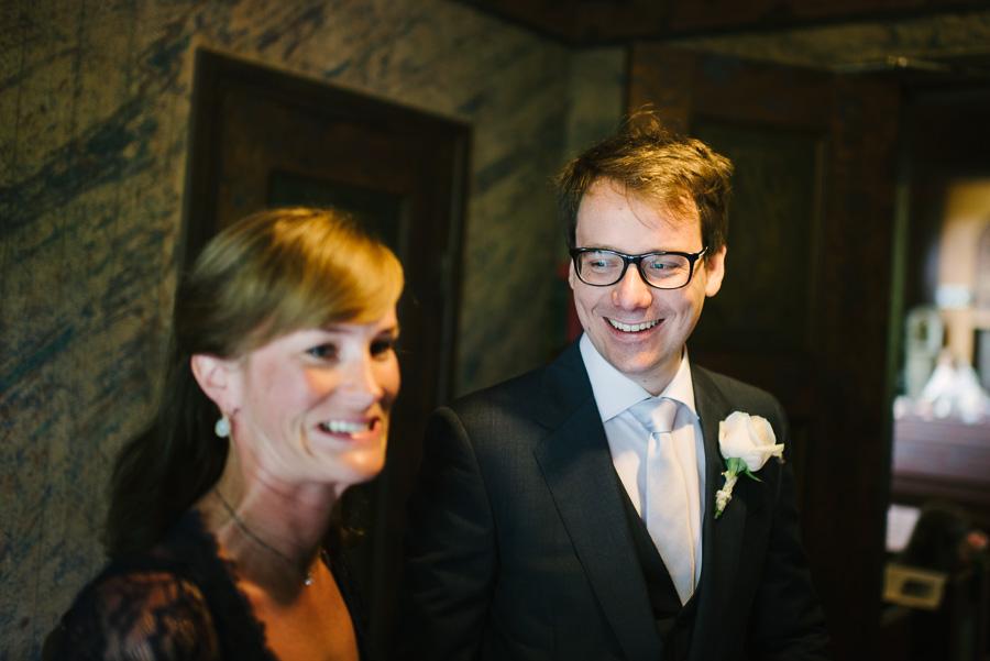 bröllop  i Särö Kyrka - brudgum