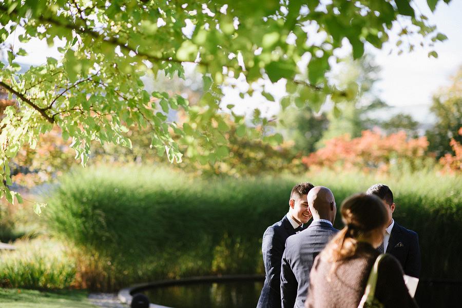 oktoberbröllop utomhus i parken - gäster