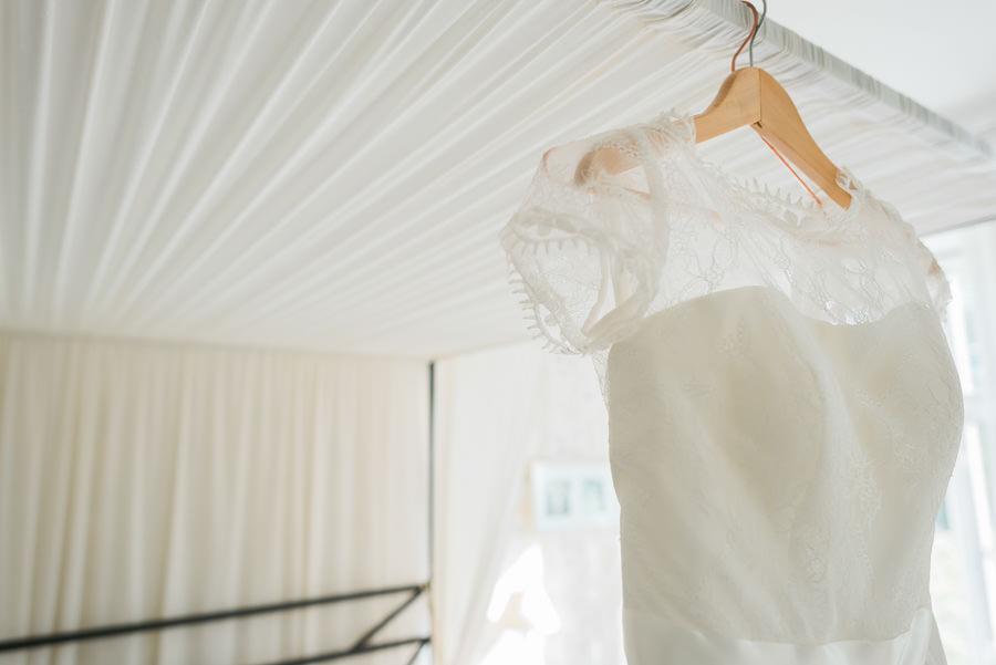 Septemberbröllop på Nääs Slott- brudklänning